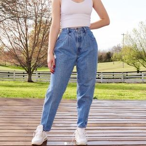 Vintage 90's Brittania ultra high rise mom jeans